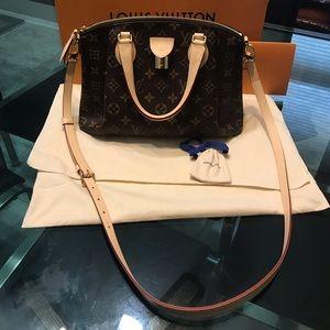 Louis Vuitton rivoli pm sold 🎉